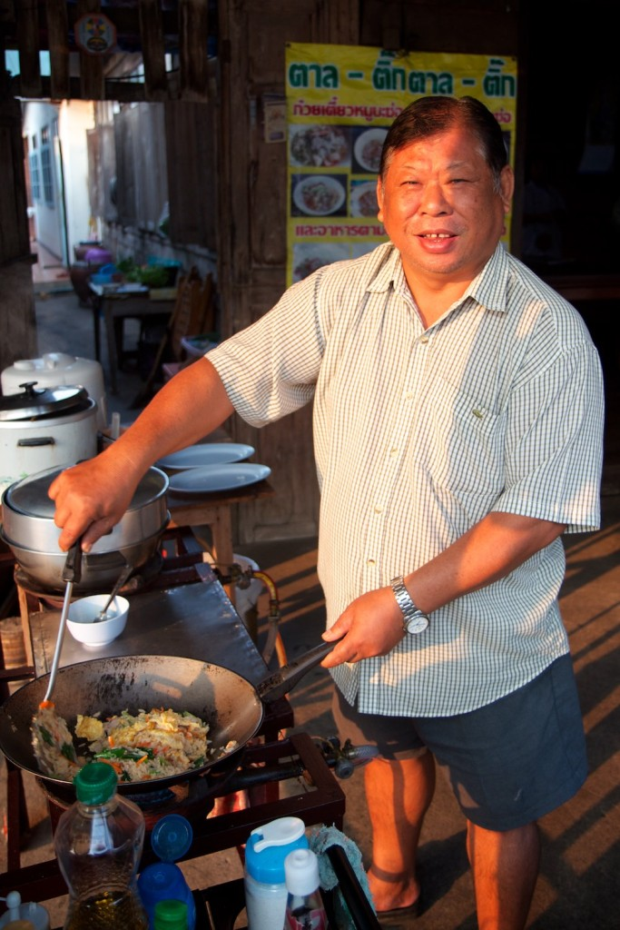 Our chef at our breakfast restaurant in Kamphaeng Phet