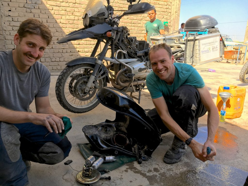 Another busted fuel pump enroute from Shiraz to Yazd